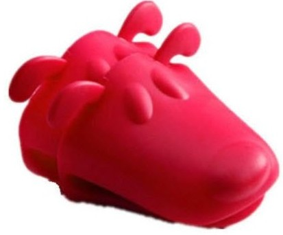 BONNEVIE ordered our Dog Shaped Silicone Durable Oven Mitt from Hanchuan