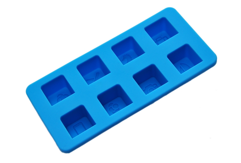 USA large wholesalers purchase supermarket for silicone ice grid, Hanchuan industry  win orders