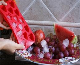 American importers purchase a number of chain restaurants silicone ice tray, 100% food grade silicone