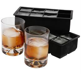Silicone square ice cube tray keeps your drink chilled for hours without diluting It !