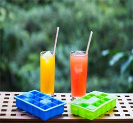 Bars bring great fun to you with Hanchuan industrial this square silicone ice tray!