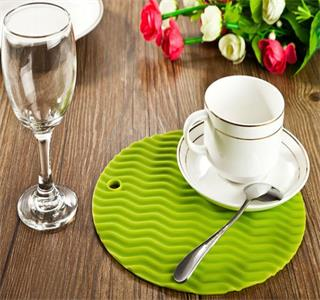 German wholesalers custom silicone placemat, requiring to print five colors, in line with LFGB standard!