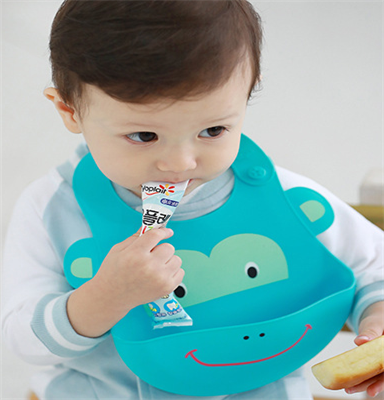 Baby bibs adjustable cute infants bibs for kids toddler feeding care dinner.