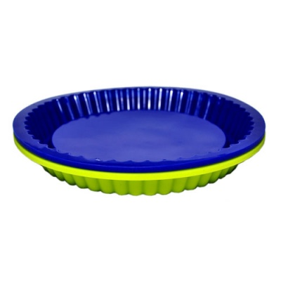 Durable silicone cake pan