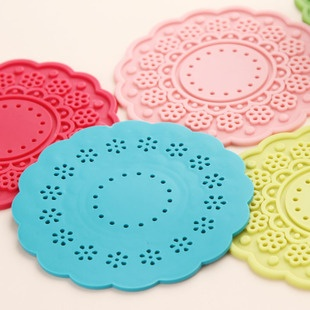 Fresh flowers thickening round silicone cup mat