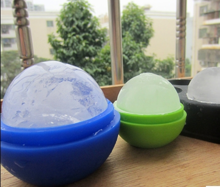 Low carbon environmental protection silicone ice ball