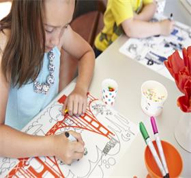 Kids eraze wipeable drawing placemat