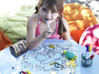 Kids newly eraze wipeable drawing placemat