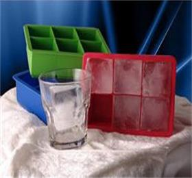 creative silicone ice tray