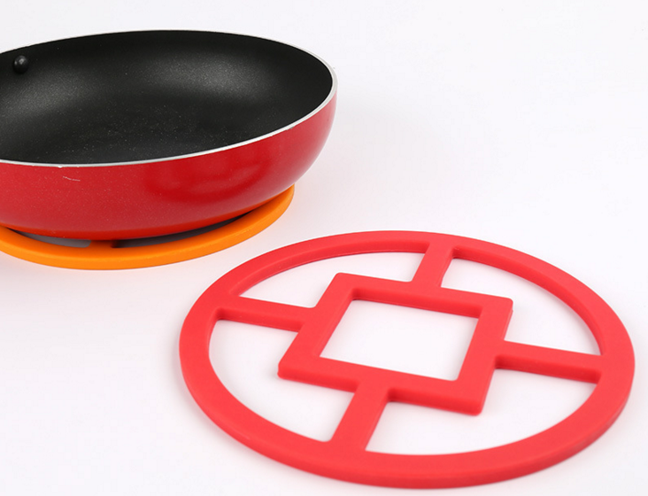 hollowed-out coin silicone heat resistant pad